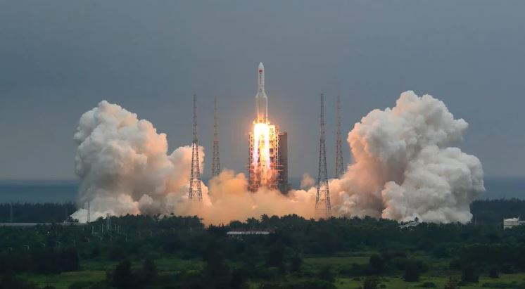 china rocket out of control