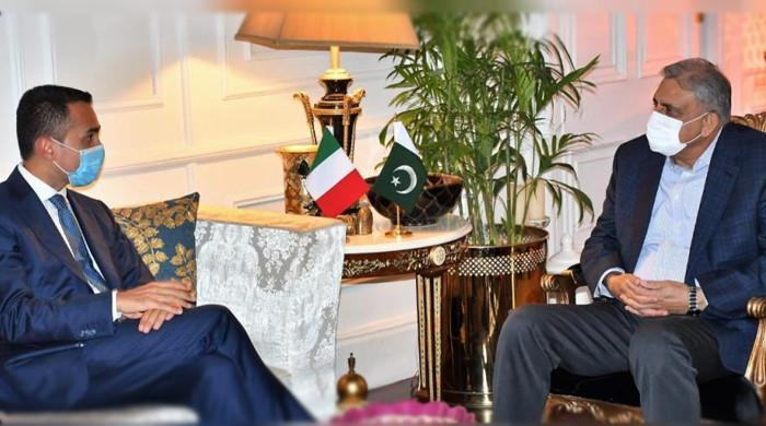 Italian Foreign Minister meet with army chief